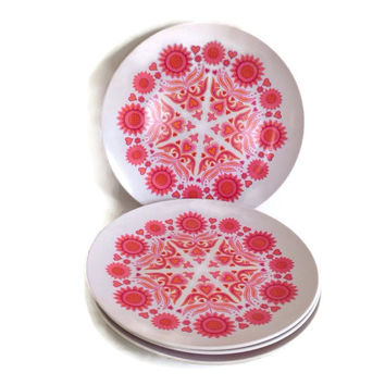 Mid Century Melmac-Beverly Prolon-Melamine Dinner Plates- Pink Hearts- Set of 4-Plastic Dishes-Dishes-Picnic-Camping-USA