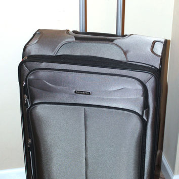 "Samsonite 27"" HiLite 2.0 Carry-On Spinner Luggage - Gray"