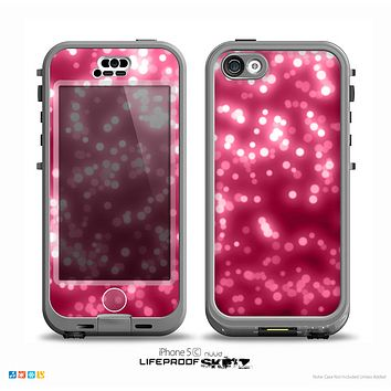 The Glowing Unfocused Pink Circles Skin for the iPhone 5c nüüd LifeProof Case