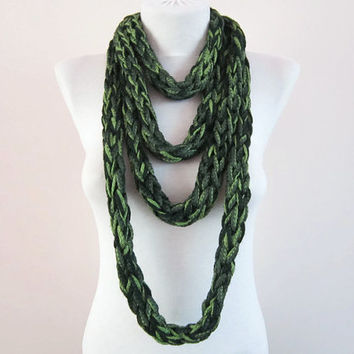 Chunky infinity Scarf,Finger Knitting Scarf,Chain Loop Scarf
