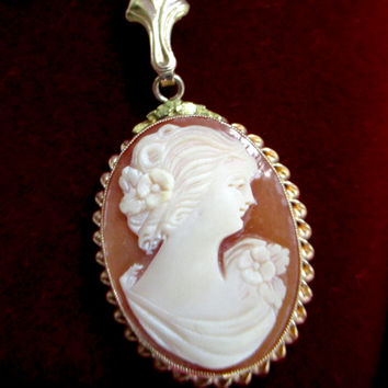 Antique 10k GOLD CAMEO NECKLACE Pendant Esemco Shiman Carved Shell Cameo 10k Gold Framed Pendant Necklace