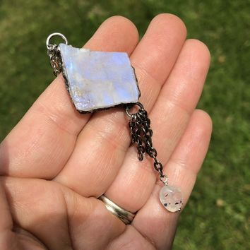 Raw Stone Rainbow Moonstone Necklace