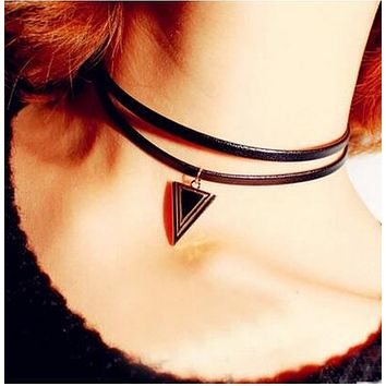 CHOKER NECKLACE JEWELRY Women's Punk Style Leather Double Layers Black Triangle