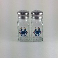 Salt and Pepper Shaker Set with Hand Painted Crab