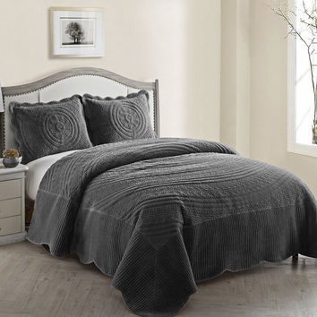 VCNY Quilted Plush Comforter Set