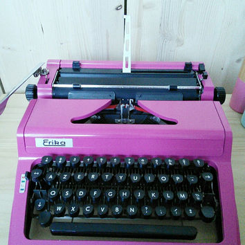 Discount code / Typewriter ERIKA 100 - 106 / repainted / in perfect working order