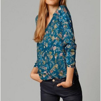 V-neck Floral Printed T-Shirt in White or Blue
