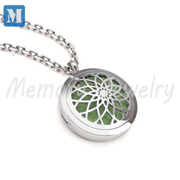 ICIKHY9 Aromatherapy Diffuser Pendant Necklace Locket Personal Wearable Aroma Diffuser for Essential Oils Young Living newest oil locket