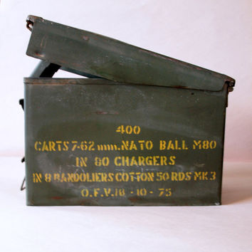 VINTAGE AMMO BOX Circa 1950 by ACESFINDSVINTAGE on Etsy