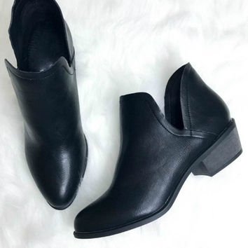 Batesville Black Leather Booties