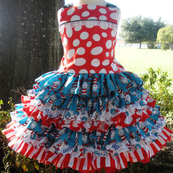 Custom Boutique Dr Seuss Cat in Hat 2 Piece Nie Nie Set Girl 2 3 4 5 6