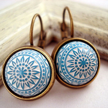 Vintage Button Earrings - baby blue turquoise,  Moroccan style buttons from the 70ies, bronze setting and French clips