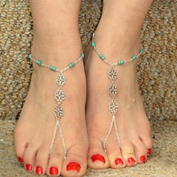 Sexy silver tone, green beads, filligree findings foot jewelry perfect for beach wedding r just as barefoot sandals. Gypsy boho body jewelry