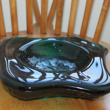 Vintage BLENKO Green Waffle-Base Freeform Glass Ashtray 1970's