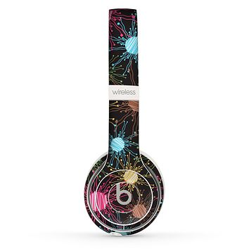 The Bright Loopy Circle Extract Skin Set for the Beats by Dre Solo 2 Wireless Headphones