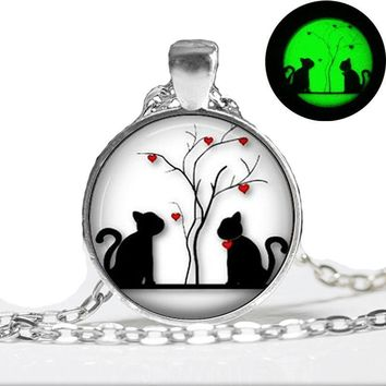 Animal Cat Hearts Glow In The Dark Necklace Pendant