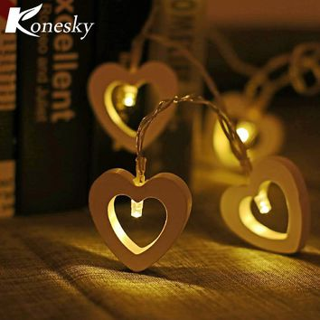 10-LED Wooden Heart Style String Light Warm White Decoration Battery Operated