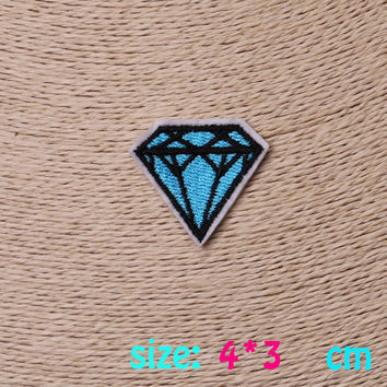 2016year New arrival 1PC Blue Diamond Iron On Embroidered Patch For Cloth Cartoon Badge Garment Appliques DIY Accessory