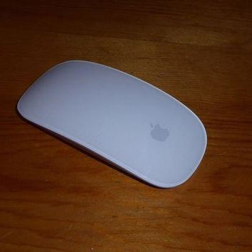 VONW3Q Apple Magic Mouse +++ Mac ios +++ model no. A1296