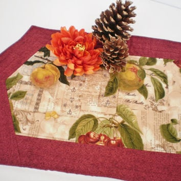 Fall Quilted Runner -  Handmade Thanksgiving Quilted Runner - Thanksgiving Quilt - Housewarming Coffee Table Topper - Fall Home Decor