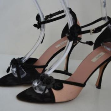 Prada Beige/Black Satin/Suede Sandals w/ Flower/Shoes Size 38.5