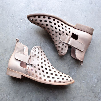 musse & cloud - calia taupe leather perforated festival ankle booties