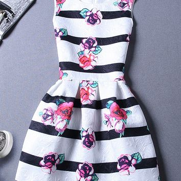 Casual Round Neck Floral Printed Striped Skater Dress