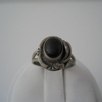 Sterling Silver 925 Onyx Leaf Ring Size 6.5 Mexico Sterling GFIS