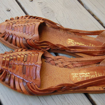 Vintage 80s Brown Leather Craft Woven Slip On Huaraches Shoes Size 7