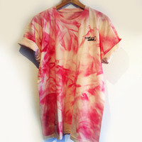 CRYSTAL DYE TAKK TEE / STRAWBERRY CREAM