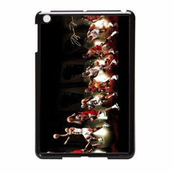 CREYUG7 Michael Jordan NBA Chicago Bulls Dunk iPad Mini Case
