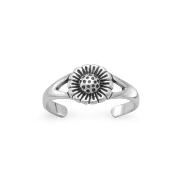 Sunflower Toe Ring in Oxidized Sterling Silver