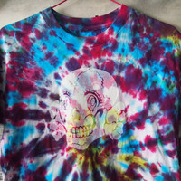 PRETTY SOLDIER // Kawaii Tie Dye Totenkopf Skull Shirt with Anime Eyes, Small