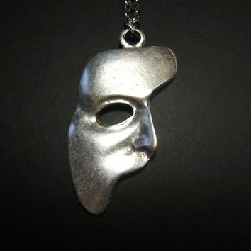 Phantom Of The Opera mask masquerade necklace pendant on 24 inch aged silver tone oval link chain