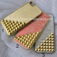 Golden Pyramid Studded iPhone 5 case iphone 5 hard by timehot