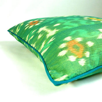 "Grasshopper // 18"" Bali Ikat decorative accent throw pillow cover, spring green and orange with blue piping"