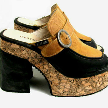 Vintage Mustard Yellow Leather Cork Platform Mule Sandals Euro size 39 (US womans size 9-9 1/2)