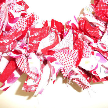 Rag Garland Valentines Day Red Pink Fabric  6 Ft