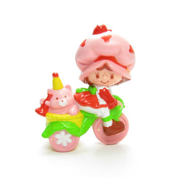 Strawberry Shortcake Riding a Tricycle with Custard Vintage PVC Miniature Figurine - RARE