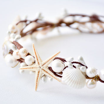 Beach wedding Hair Accessories, costume Ariel natural colors beige and pink Seashell crown