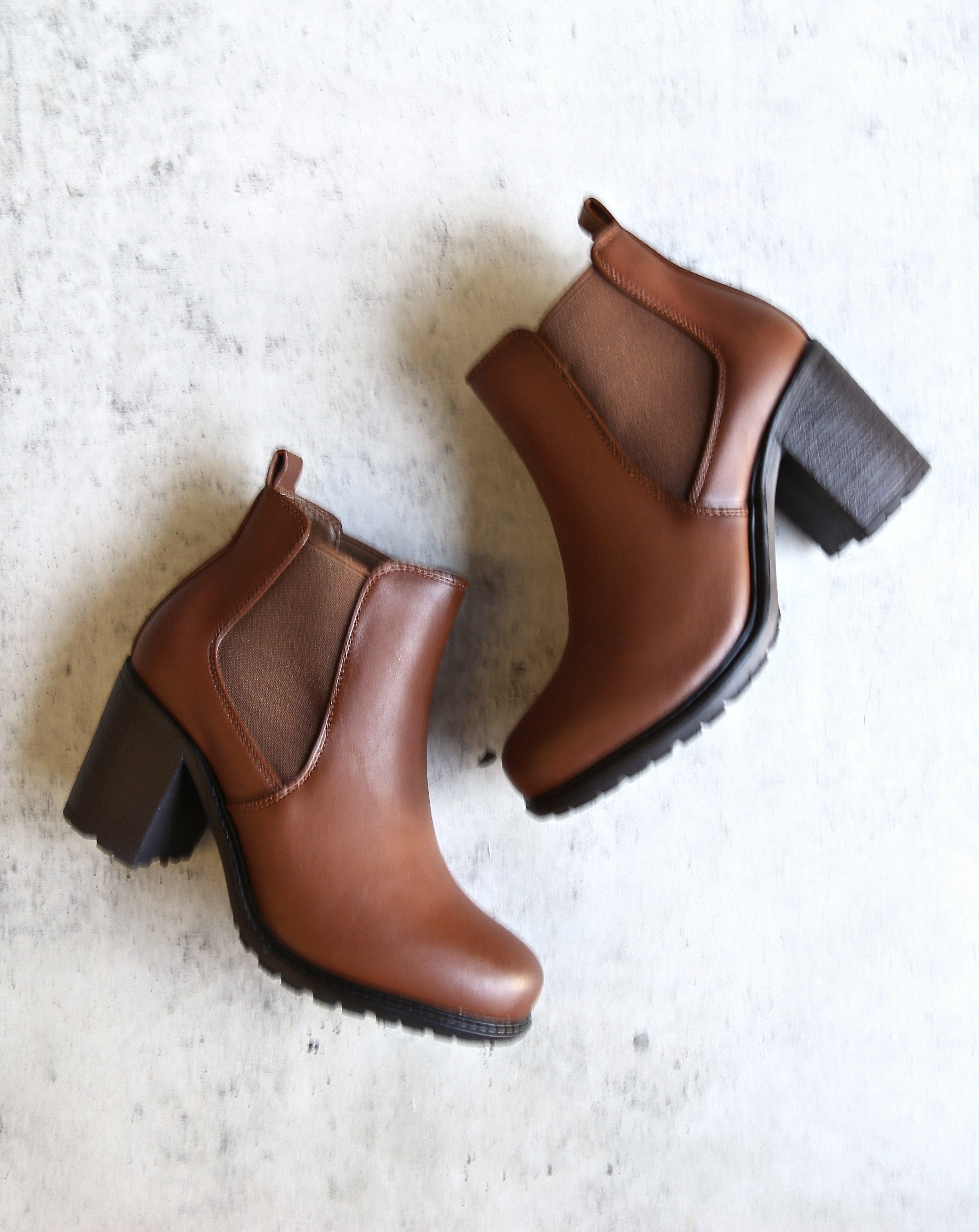 655a688fdfe5 vegan leather chelsea boots - camel from shophearts | LOW CUT
