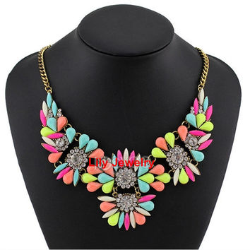 4 Colors Statement Necklace Jewelry Cluster Flower Necklace Bubble Bib Necklace Choker Necklace Girl Necklace Prom Jewelry Wholesale