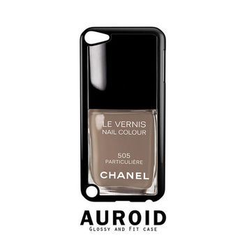 Chanel Nail Polish Particuliere iPod Touch 4 | 5 Case Auroid