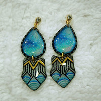 SHIELD AND WATER DROP TRIBAL PATTERN EARRING