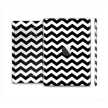 The Black & White Chevron Pattern V2 Skin Set for the Apple iPad Mini 4