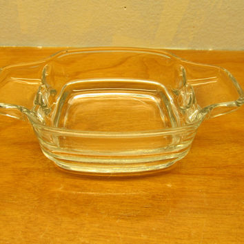 VINTAGE GLASS ASHTRAY