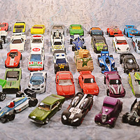 39 Vintage Die Cast And Plastic Cars, Hot Wheels, Matchbox, Majorette, W German Darda Pull Back, DC Comics, Johnny Lightning