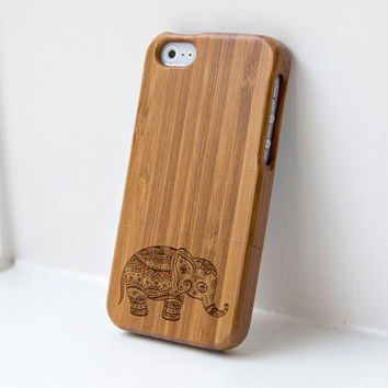 Wood iphone 6 case - real wood case, wooden iphone case, iphone 5, iphone 6, iphone 6 plus - Ethnic Elephant