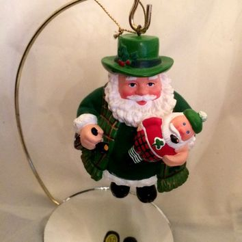 Irish Santa Ornament - Composite Resin - Vintage 1980 - Gold String Hanger - Holiday Decor - Christmas Decoration - Christmastime