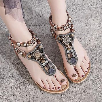 Fashion hot style sandals Amazon flat sole sandals with low heels and beaded sandals